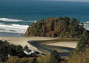 Three capes lodging oceanside pacific city tierra del for Neskowin beach