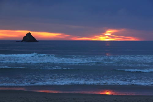 Video: Eight Stunning Skies on Oregon Coast, Where Moody Meets Startling