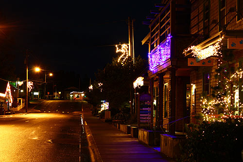 N. Oregon Coast's Tillamook County Glows with Holiday Happenings