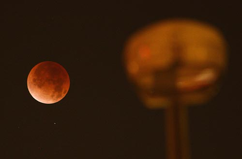 Two Supermoons, Blue Moon, Eclipse for Portland, Oregon, Coast