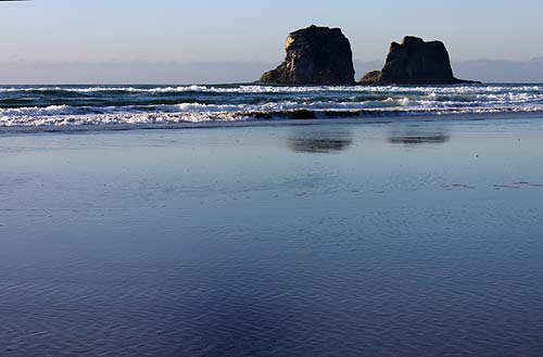 June In Rockaway Tillamook Oceanside Pacific City N