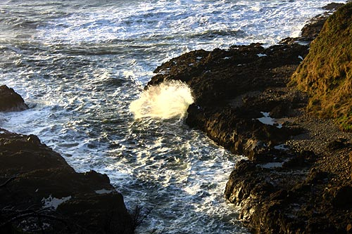 Curious, Mind-Bending Views Come from Different Angles Near Yachats, Oregon