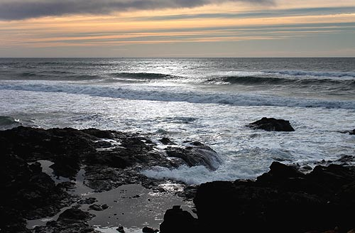Central Oregon Coast Shimmers with Holidays in Yachats, Florence